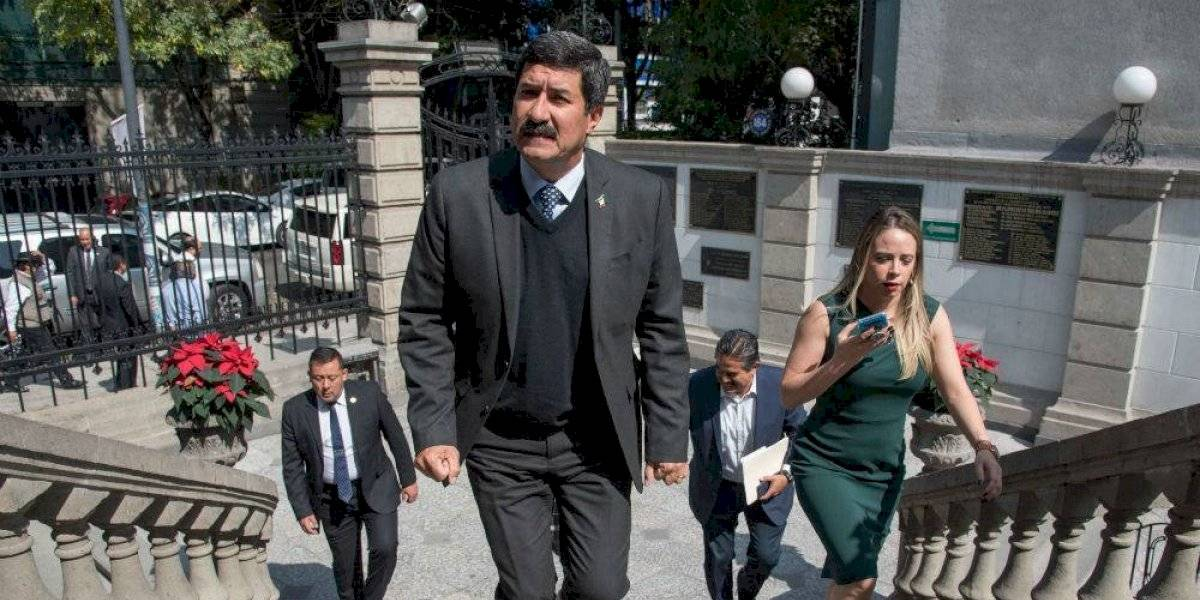 Javier Corral se deslinda de carta que pide renuncia de Hugo López-Gatell