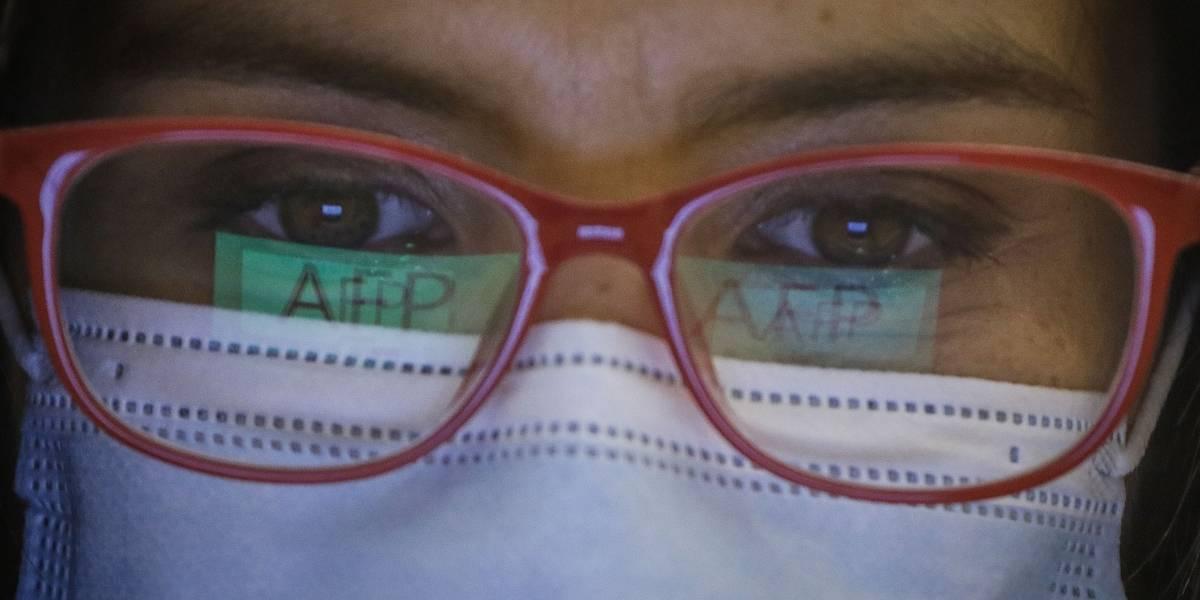 La mitad de los afiliados al sistema de las AFP ha solicitado el retiro de sus fondos de pensiones