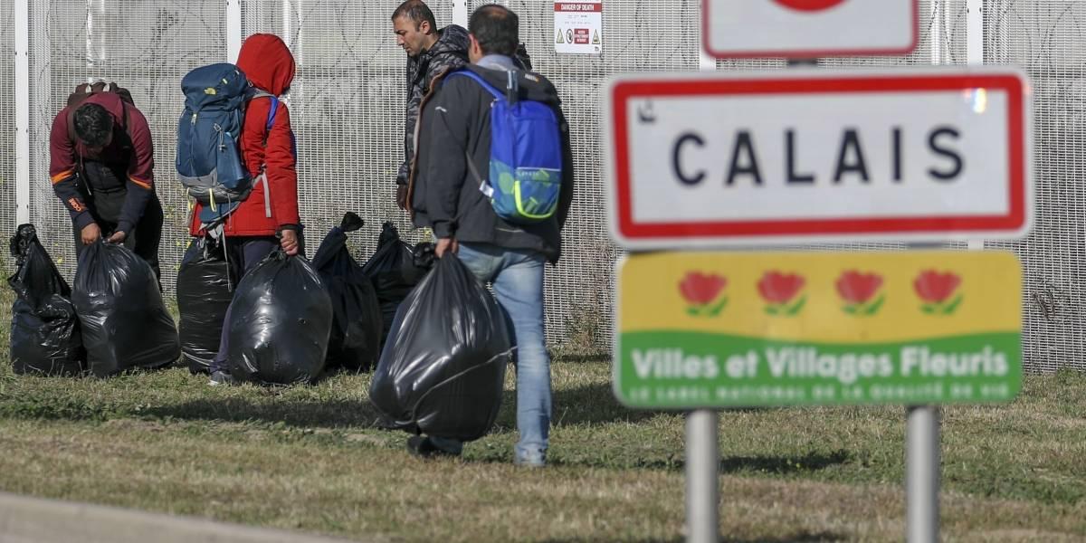 Europa.- Francia rescata a más de 40 migrantes, niños incluidos, de dos embarcaciones en Calais