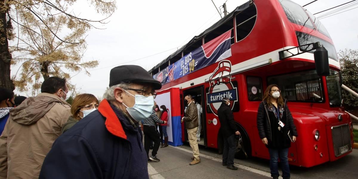 """""""El Bus del 10%"""": la oficina rodante que orienta e informa sobre el retiro de las AFP"""