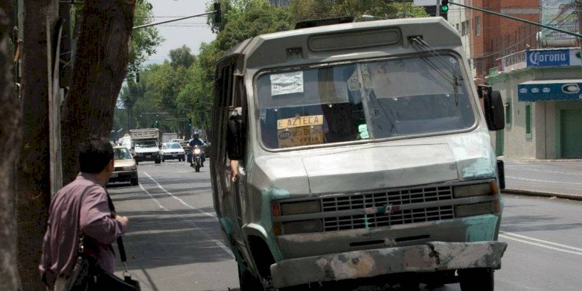 Hasta 15,500 choferes de microbuses tendrán seguridad social