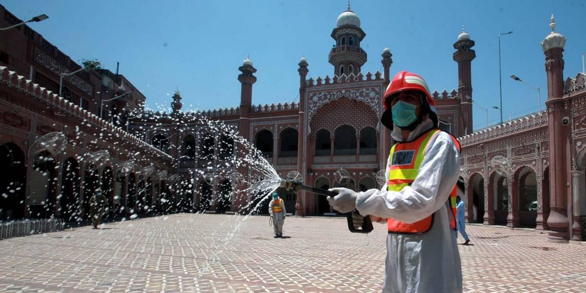 Coronvairus.- Pakistán registra su cifra más baja de fallecidos por coronavirus desde abril