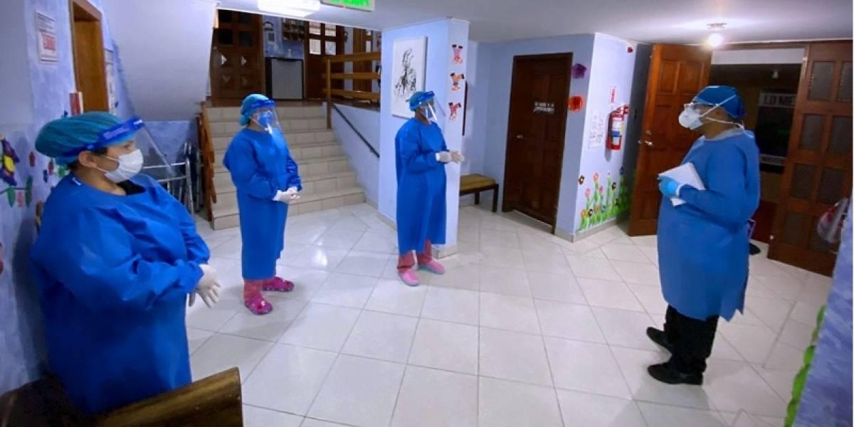 COVID-19 en asilo de Quito deja más de 20 personas contagiadas