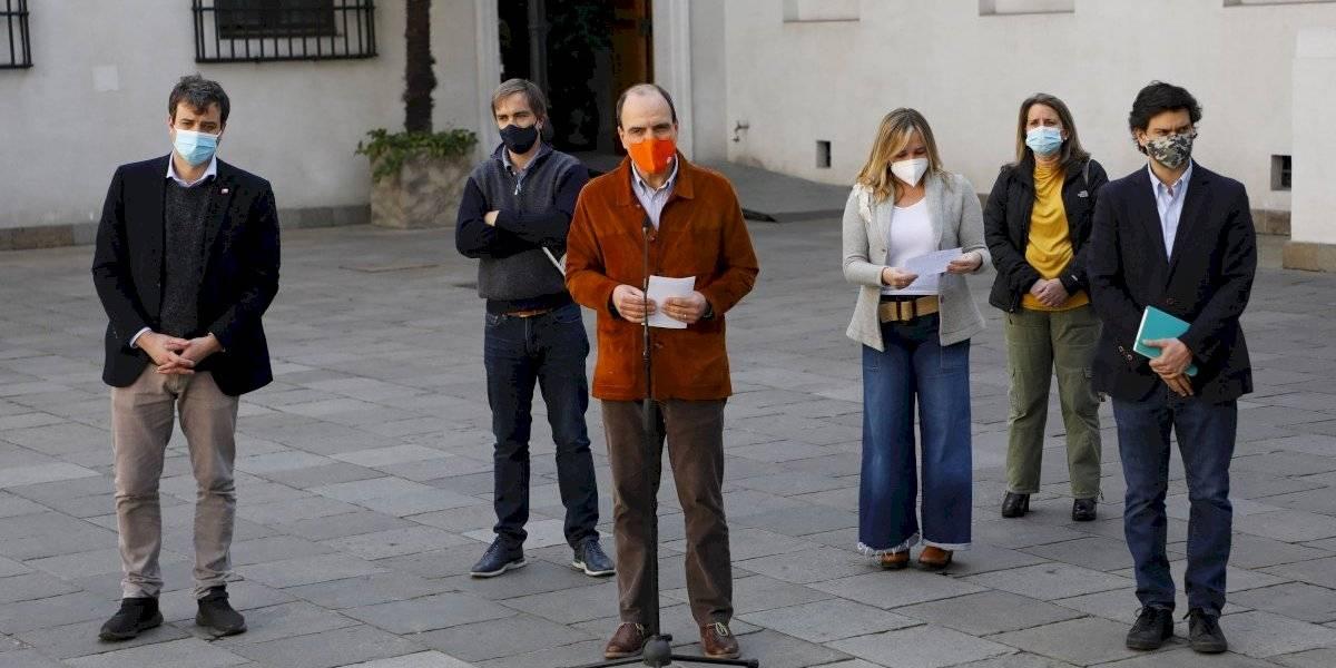 """Gobierno busca potenciar """"nuevo trato"""" con los diputados de Chile Vamos"""