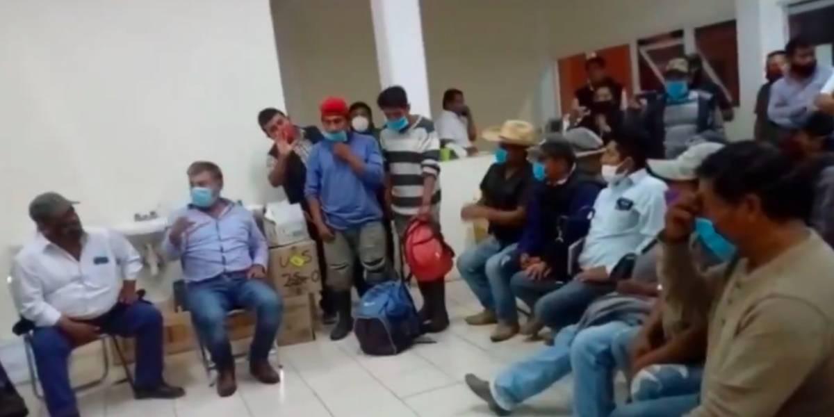 Enfrentamiento armado en Oaxaca deja 3 lesionados y varios retenidos