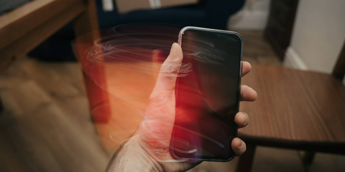 Estos son los 5 peores errores que cometen cuando cargan un celular