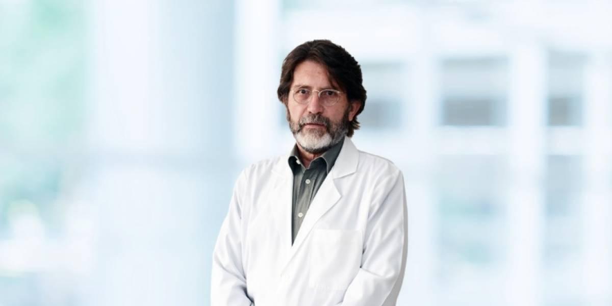 """Dr. Álvaro Dávalos: """"La demanda de camas en terapia intensiva se pudo evitar"""""""