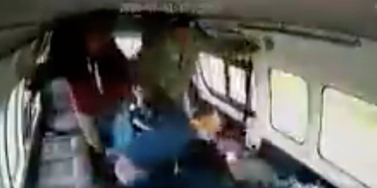 """Impactante video de brutal golpiza a delincuente: """"Para que veas lo que sentimos"""""""