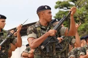 https://www.metrojornal.com.br/foco/2020/08/03/exercito-armas-desviadas-quadrilhas.html