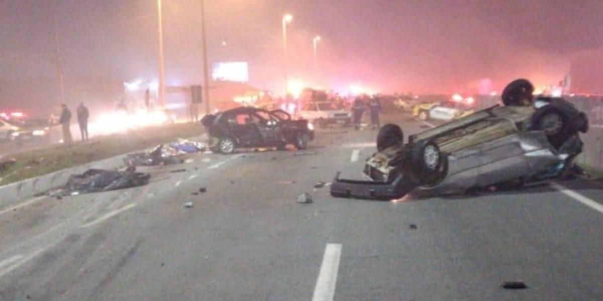 Grave acidente na BR-277 com 23 veículos deixa oito mortos no Paraná
