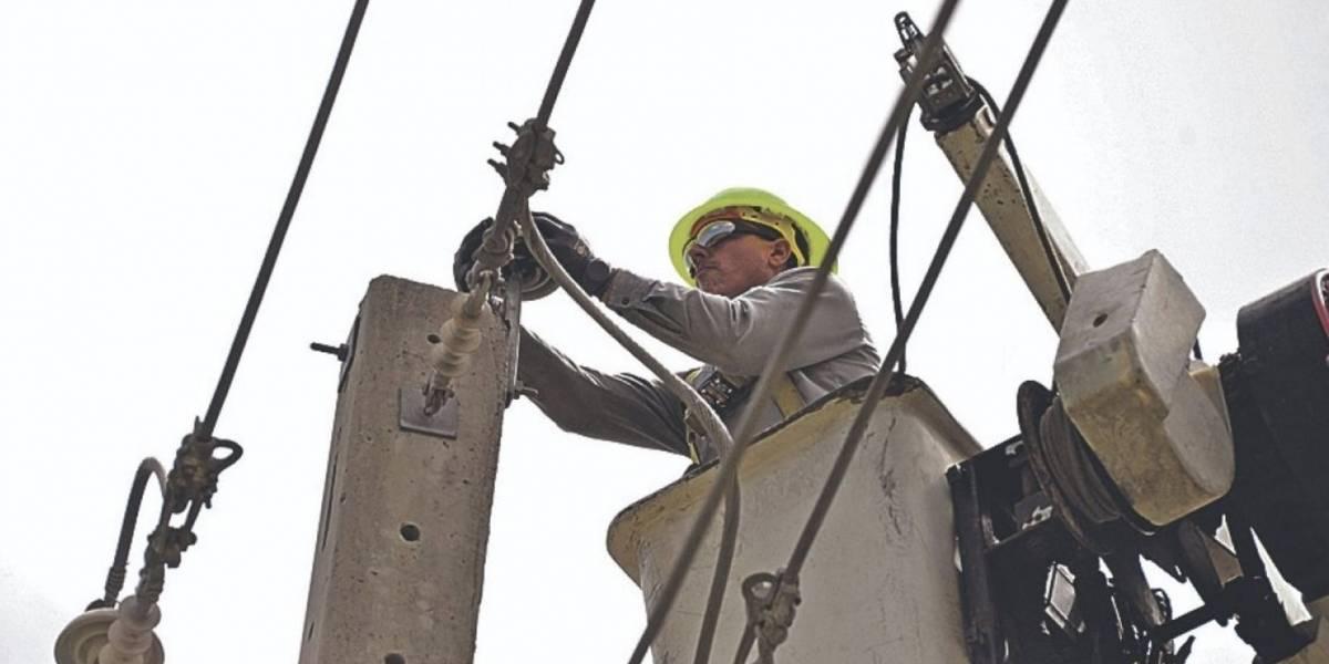 AEE anuncia interrupciones en el servicio eléctrico en cinco municipios