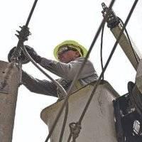 AEE exige el regreso de todo su personal en destaque y licencia sin sueldo