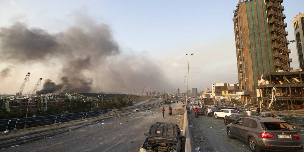 Enorme explosión en Beirut, Líbano, deja varios heridos