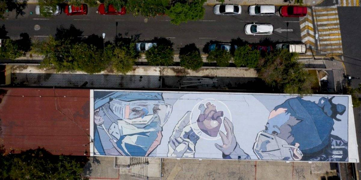 GALERÍA: Reconocen labor de médicos con gigantesco mural en CDMX