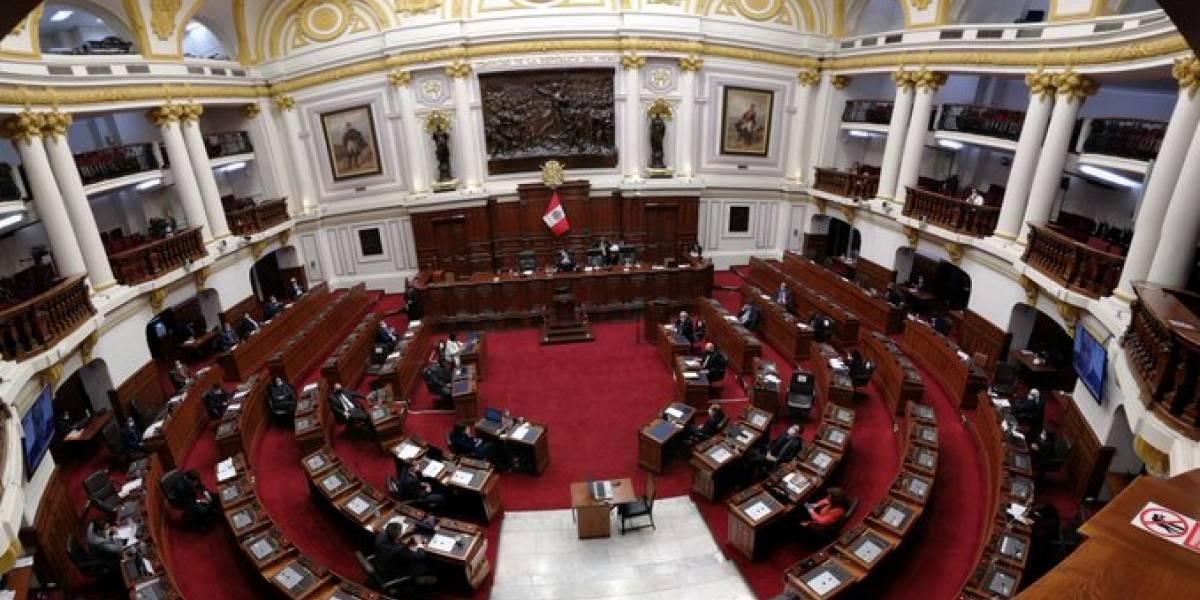 En el congreso de Perú avanza el retiro del 100% de los fondos de las AFP