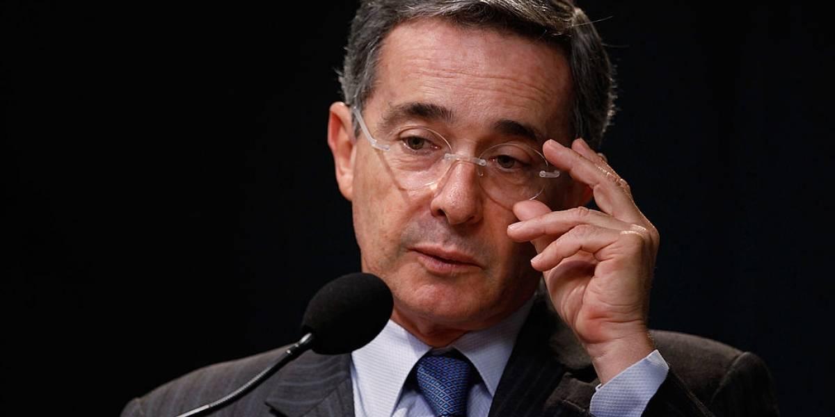 Álvaro Uribe acusó a los magistrados que lo investigan