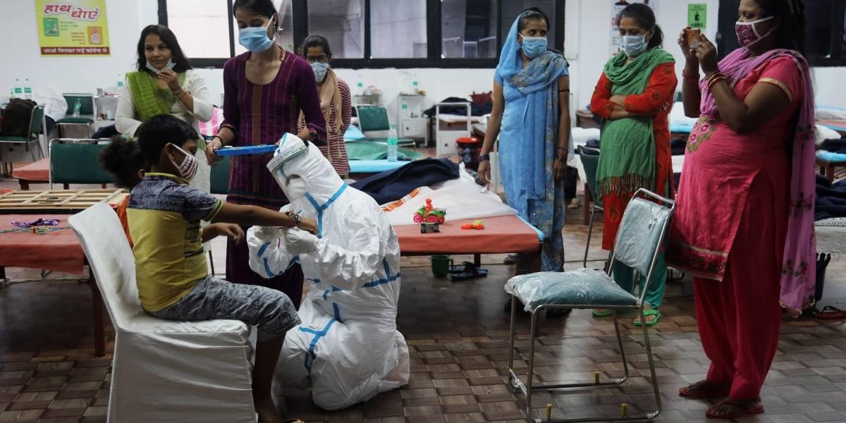 India alcanza 1,9 millones de casos de coronavirus