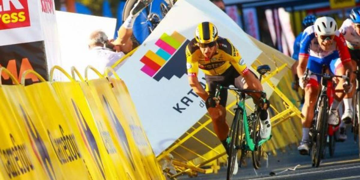 VIDEO: Terrible caída, llegando a la meta, dejó a ciclista en coma en el Tour de Polonia