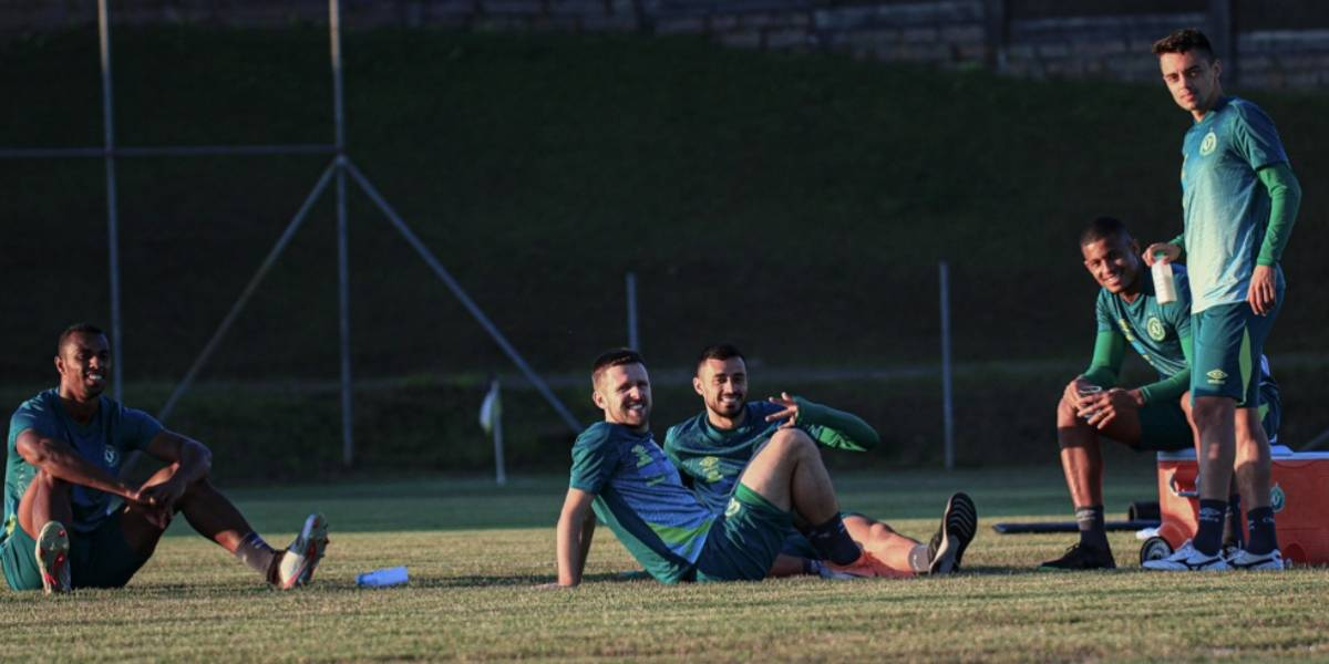 Criciúma x Chapecoense: onde assistir ao vivo o jogo pelo Campeonato Catarinense