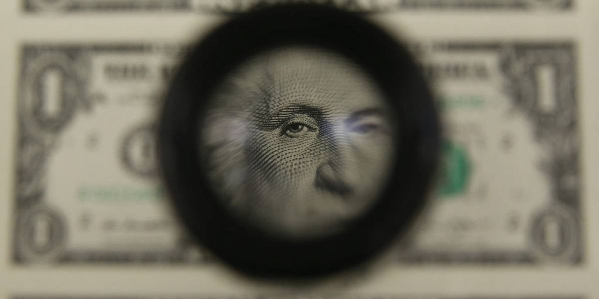 Dólar: em semana de altos e baixos, moeda fecha sexta-feira a R$ 5,42