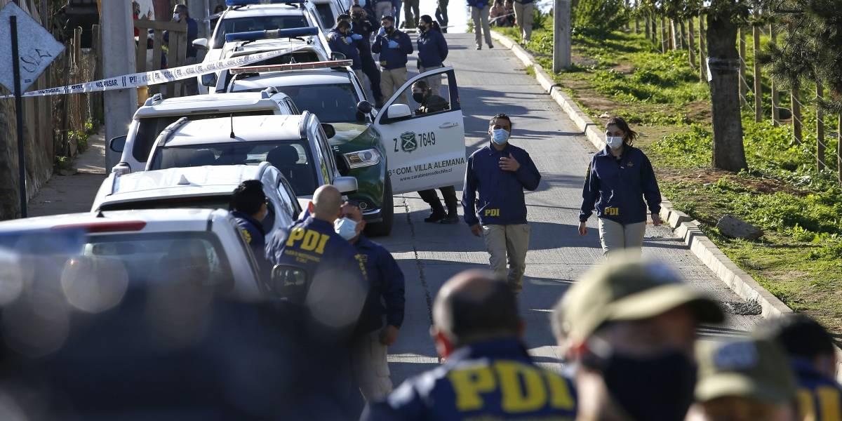 Caso Ámbar: manifestantes llegan a casa de Hugo Bustamante pidiendo justicia