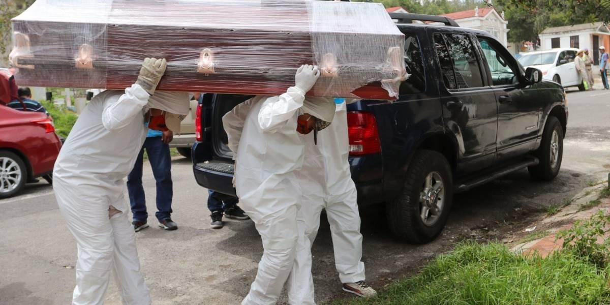 México supera las 50 mil muertes por Covid-19 y contagios no paran