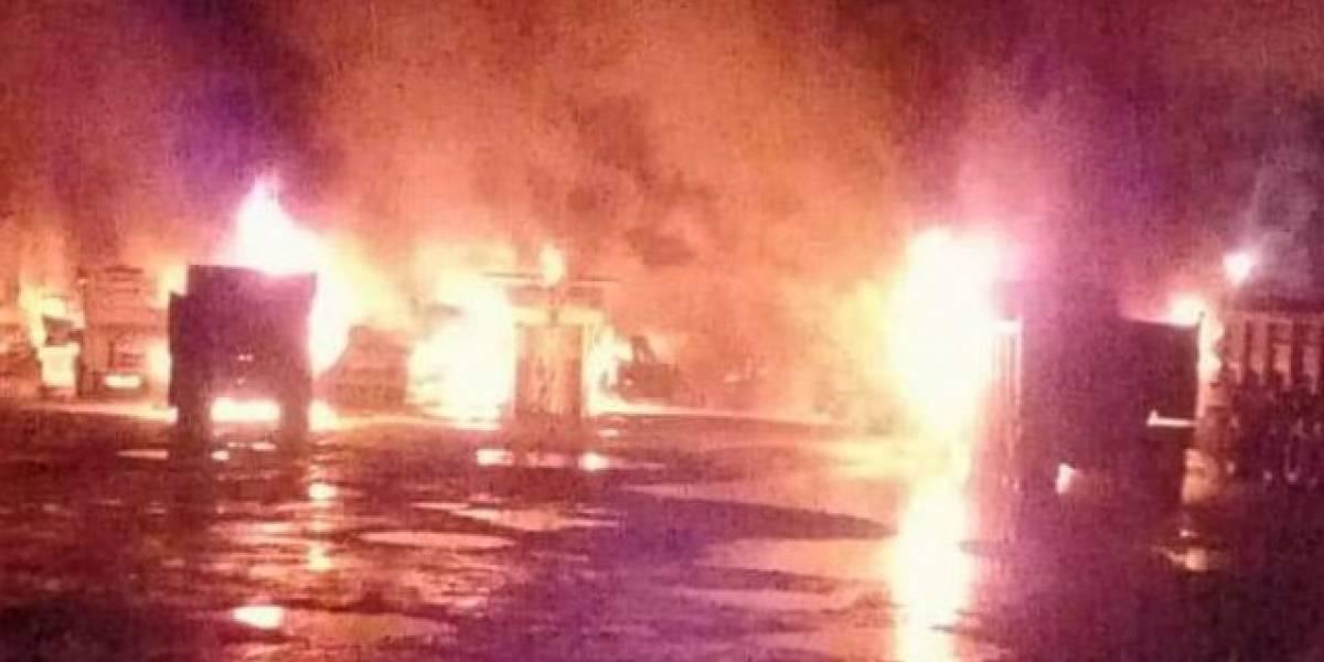 Al menos 15 vehículos fueron incendiados en el sector de Maquehue en La Araucanía