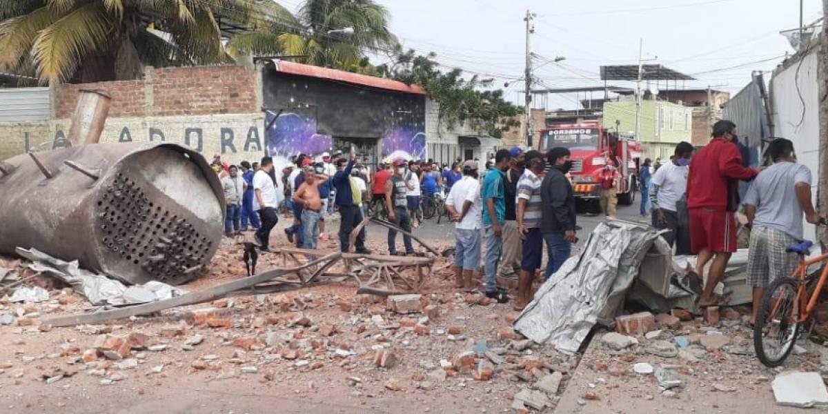 Manta: Explosión en una empresa pesquera deja dos muertos y varios heridos