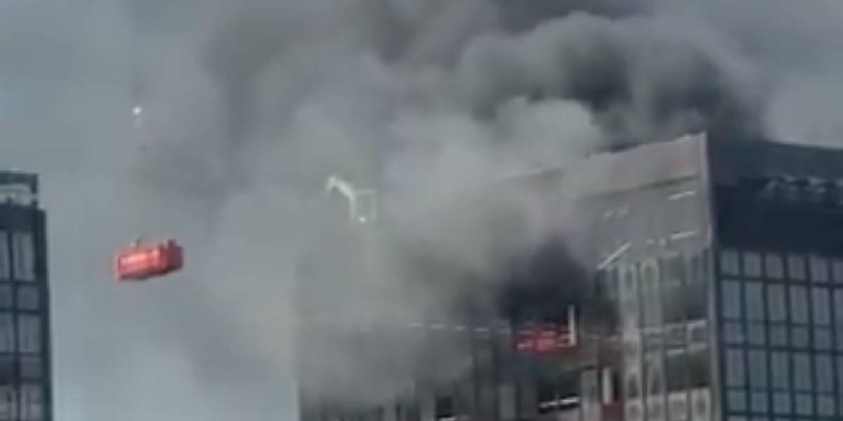 Reportan incendio en el último piso del World Trade Center de Bruselas (video)