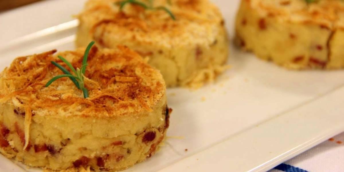 A receita para fazer bolinho de batata e parmesão assado com 3 ingredientes