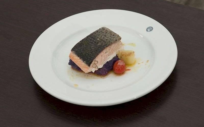 Receita de salmão com purê de cominho