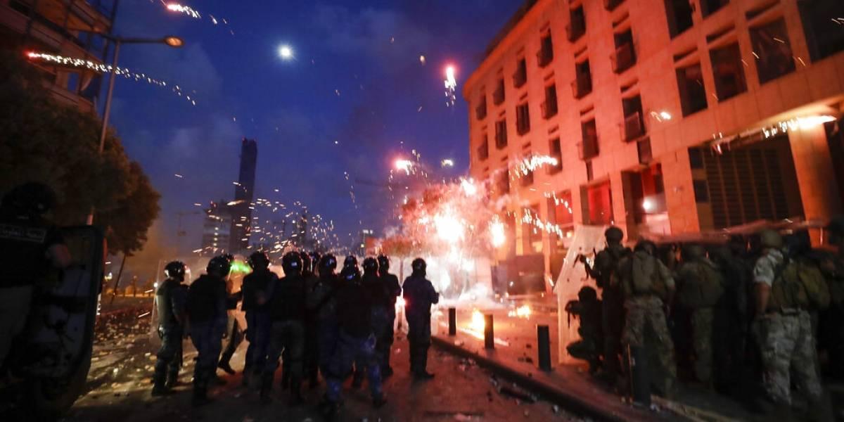 """Protestas en Beirut: """"Alborotadores asesinos"""" provocan la muerte de un policía"""