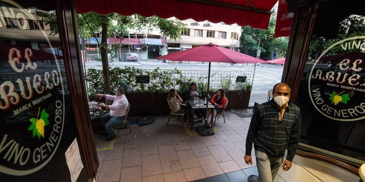 España aumenta sus casos de coronavirus y se acerca a un temido rebrote