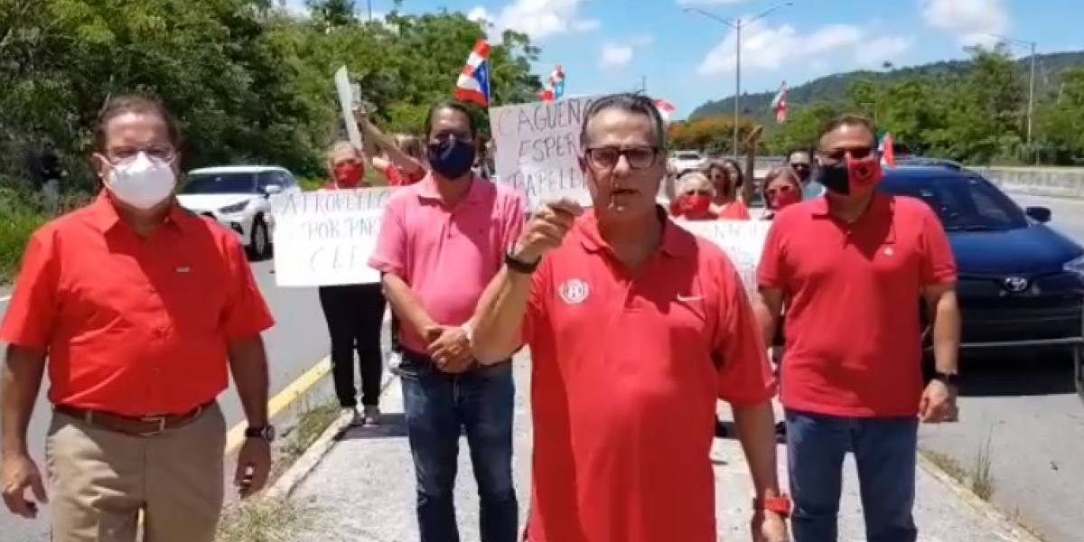 Populares se manifiestan en Caguas por fallas durante las primarias