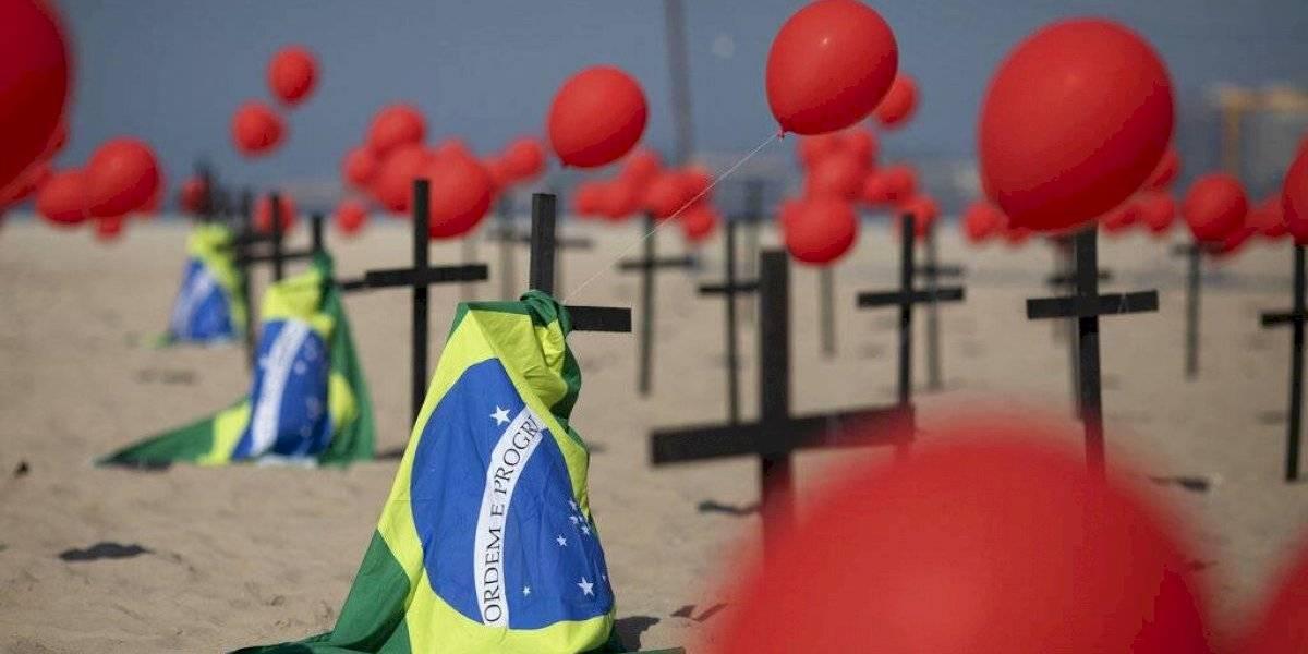 Brasil supera las 100 mil muertes por coronavirus y los tres millones de contagiados