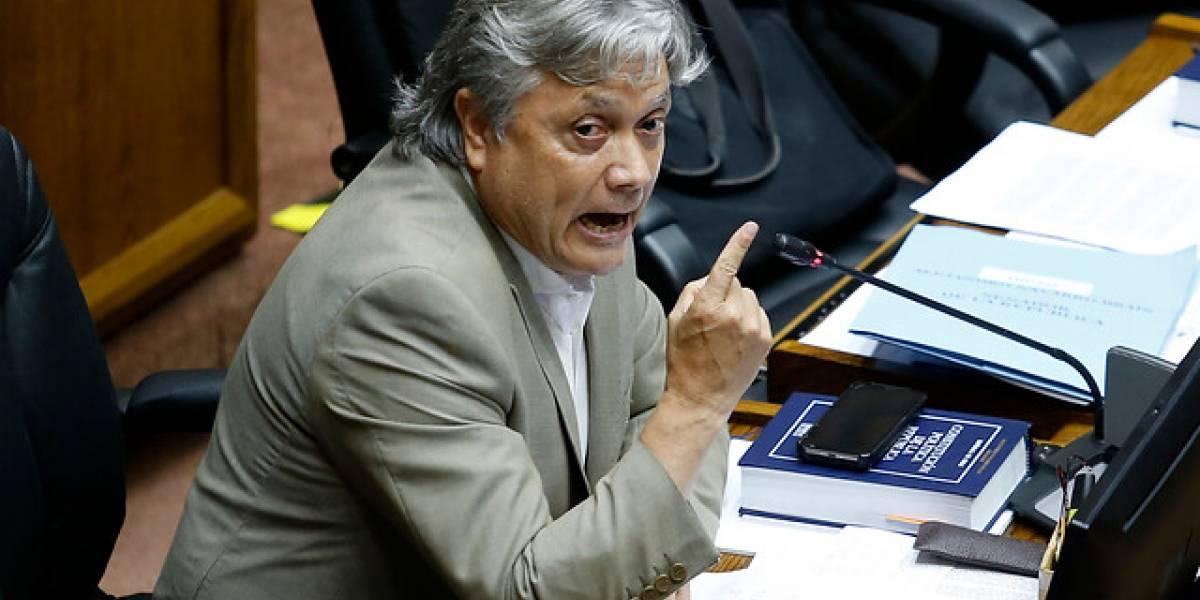 Recuperación de senador Navarro avanza sin contratiempos a dos meses de operación cardiaca