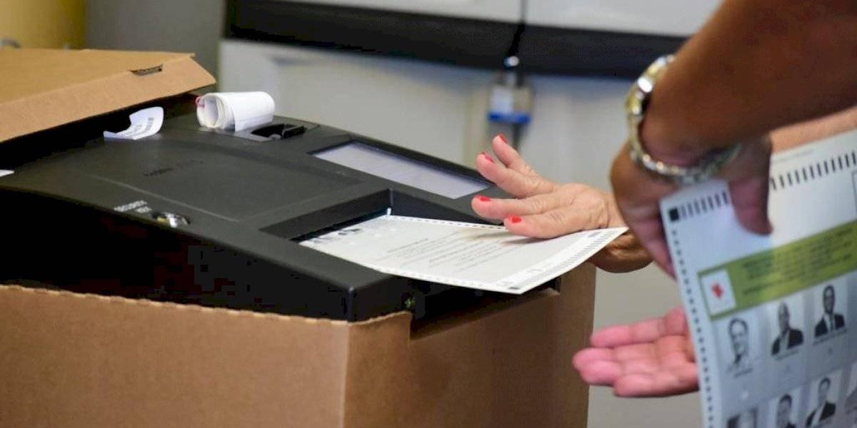 CEE entrega documentos para comenzar impresión de papeletas
