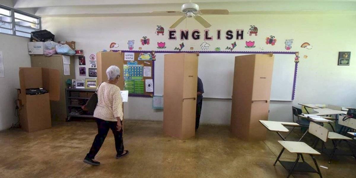 MVC pide al tribunal que funcionarios de colegio puedan trabajar fuera de su precinto