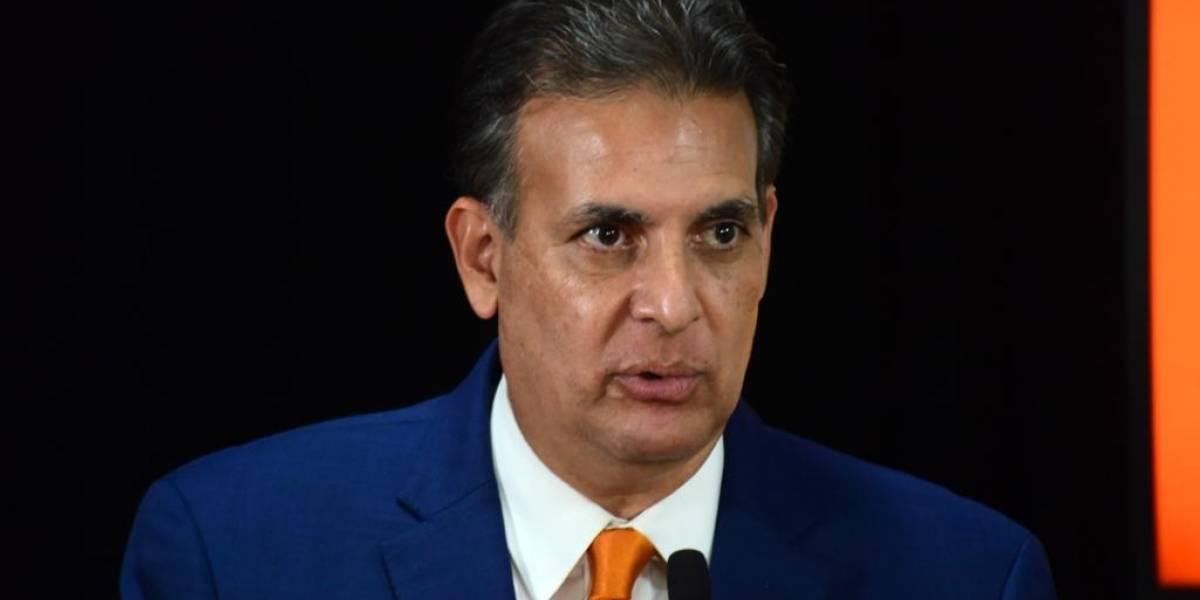 Eduardo Bhatia reconoce a Charlie Delgado como el nuevo candidato a la gobernación por el PPD