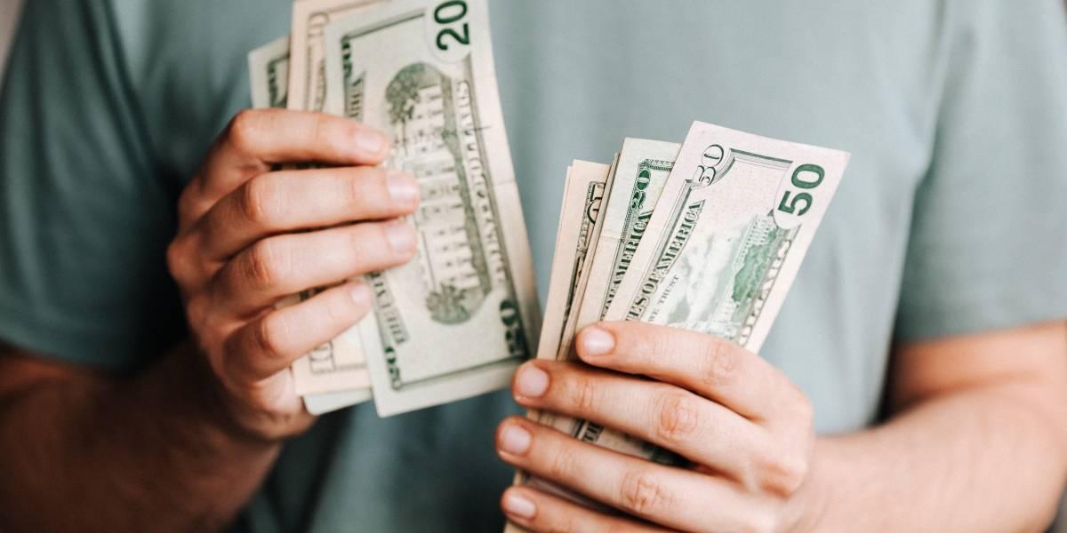 Confira a cotação do dólar comercial em tempo real nesta segunda, 10 de agosto
