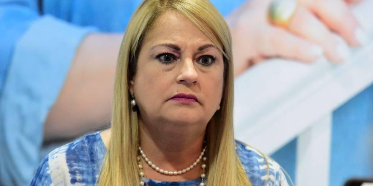 """Gobernadora advierte: """"Vendrán unas restricciones"""""""