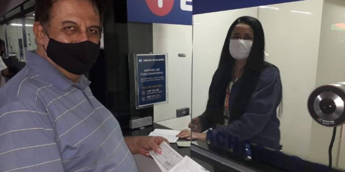 Advogado recupera R$ 80 mil em cheques perdidos no metrô do Rio
