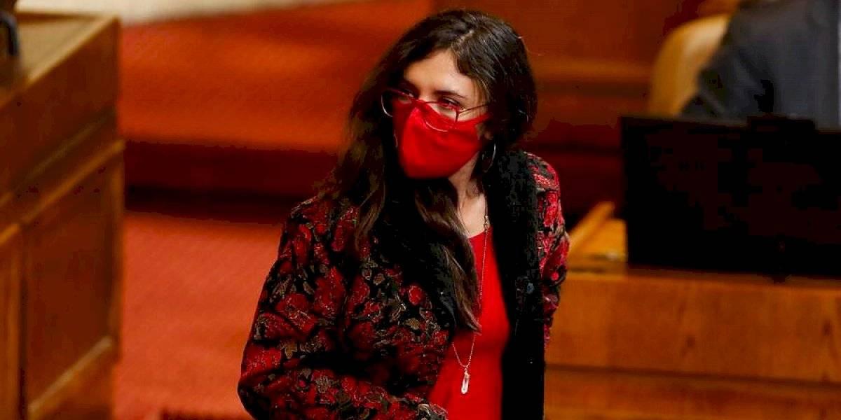 Camila Vallejo pidió mayor autocrítica al ministro Palacios por haber estado en contra del retiro del 10% de las AFP