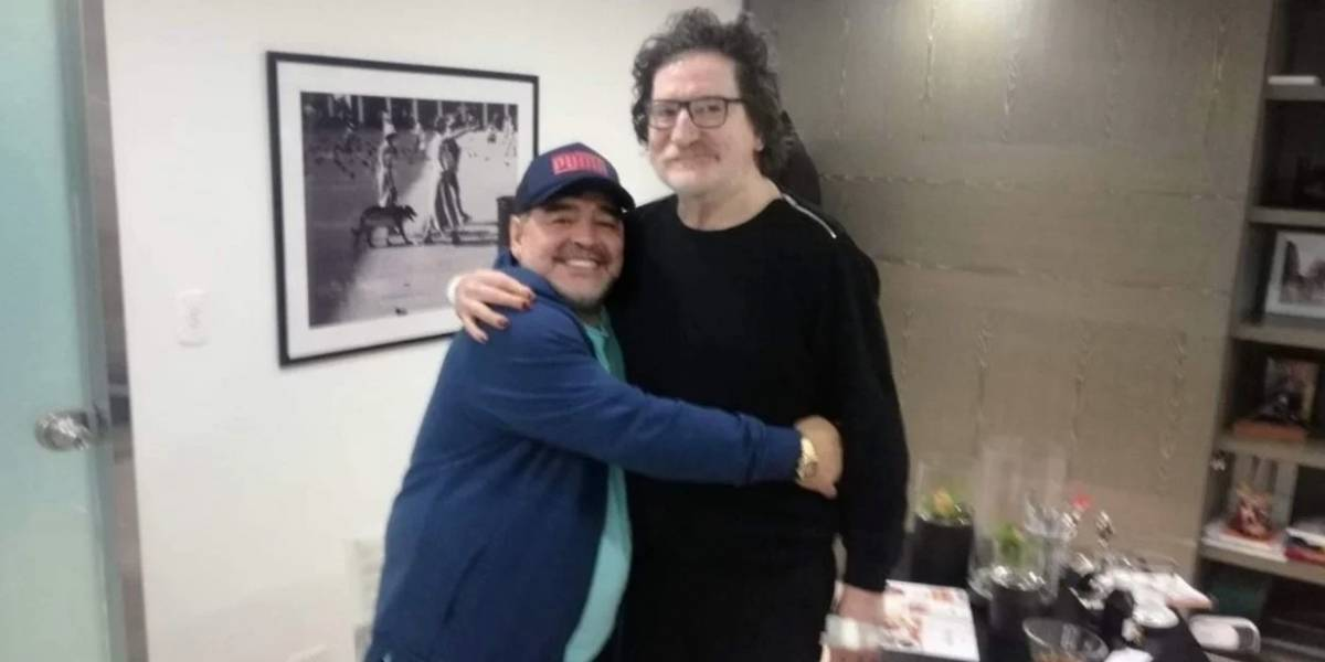 """Charly García a Maradona: """"Gasté dos o tres años de mi vida, en clínicas, escuchando a psicólogos que niegan a 'gente diferente'"""""""