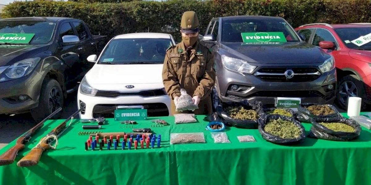 Desmantelan banda de narcotraficantes que adquiría con droga autos robados