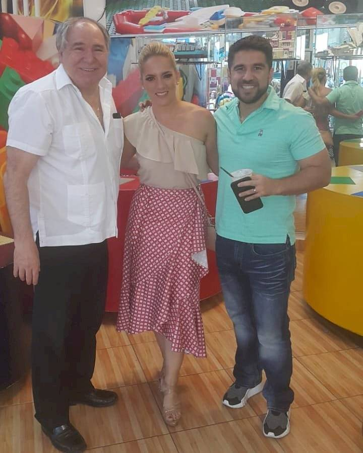 Abdalá Bucaram y Gabriela Pazmiño