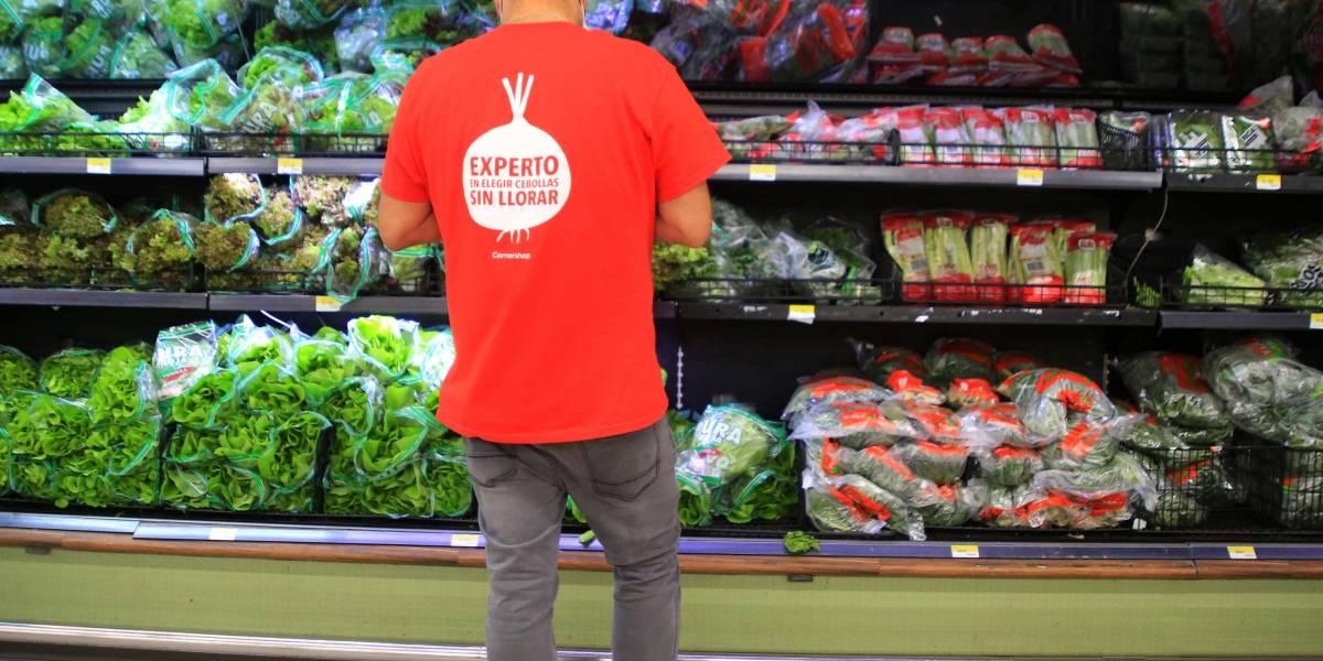 Todos enojados con Cornershop: anuncia cargo adicional por atochamientos en supermercados