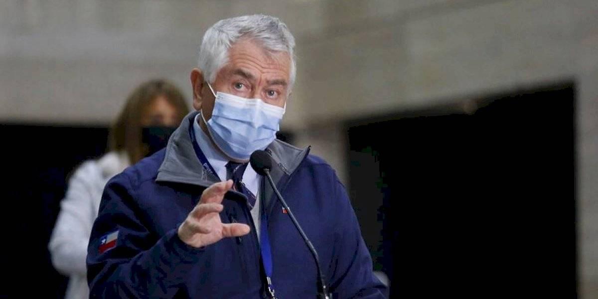 """Ministro Paris a Celestino Córdova: """"Machi, colega médico, por favor, le ruego que medite esta situación y deje la huelga de hambre"""""""