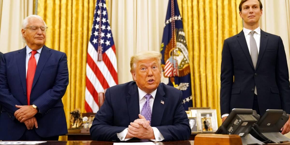 Fuegos en Estados Unidos reabre tema del clima ante visita de Trump