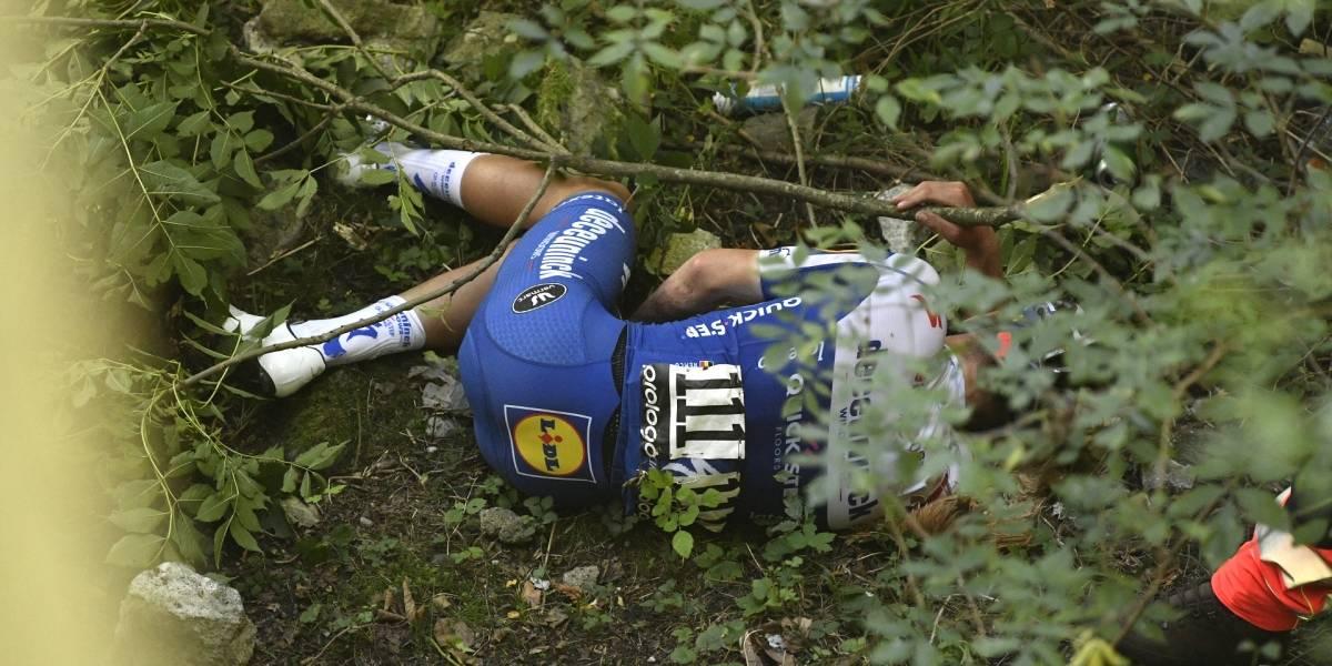 Giro de Lombardía: Remco Evenepoel sufrió impactante caída al vacío; está hospitalizado